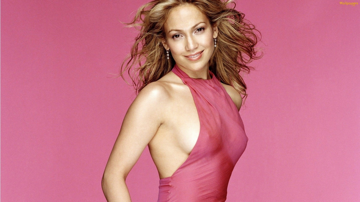 align thougts-famous-celebrities-who-were-born-poor-jennifer_lopez_hd-1366x768