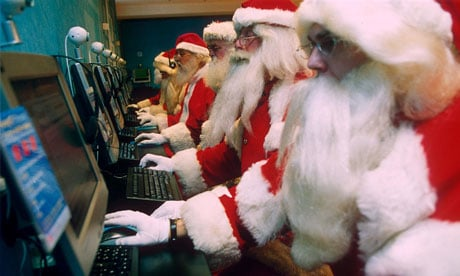 alignthoughts.com - Santas on computers