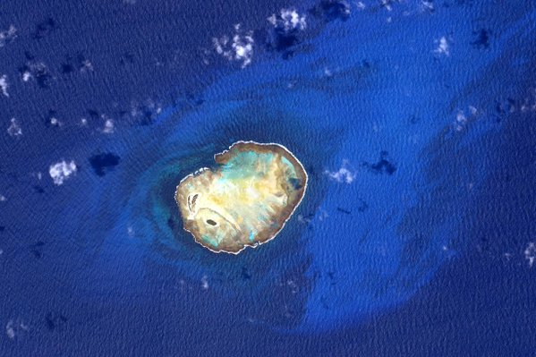 align thoughts-outer-space-scottkelly-island-in-blue-ocean