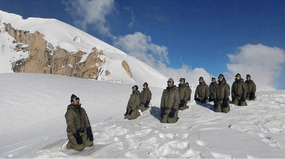 alignthoughts-siachen-war-indian-soldier-yoga
