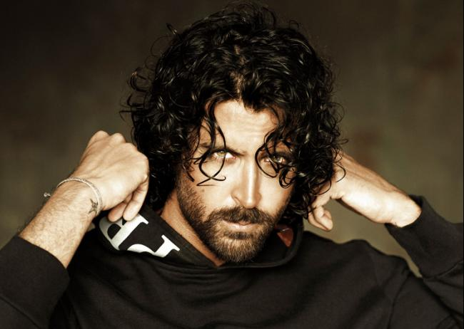 alignthoughts.com-hrithik-with-beard-sexy-look