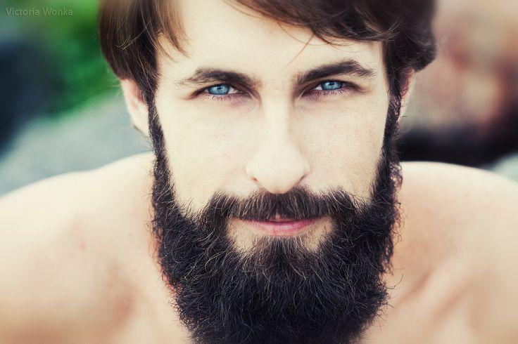 alignthoughts.com-men-having-beautiful-beard-2