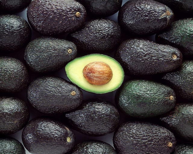 alignthoughts-avocat-fruit-benefits-for-health