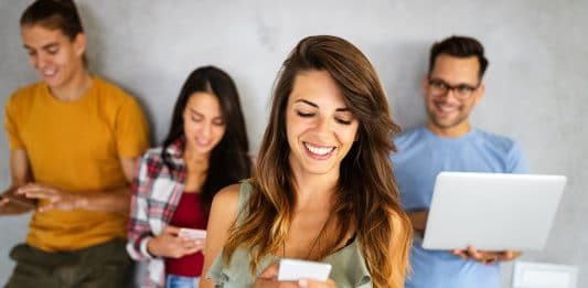 social media impacts on relationships-alignthoughts