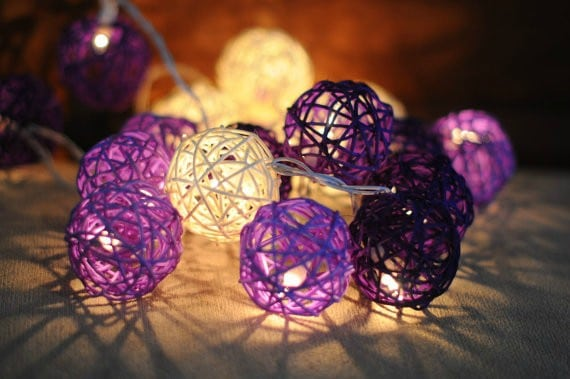 alignthoughts-colorful-yarn-lights-diy-you-must-try