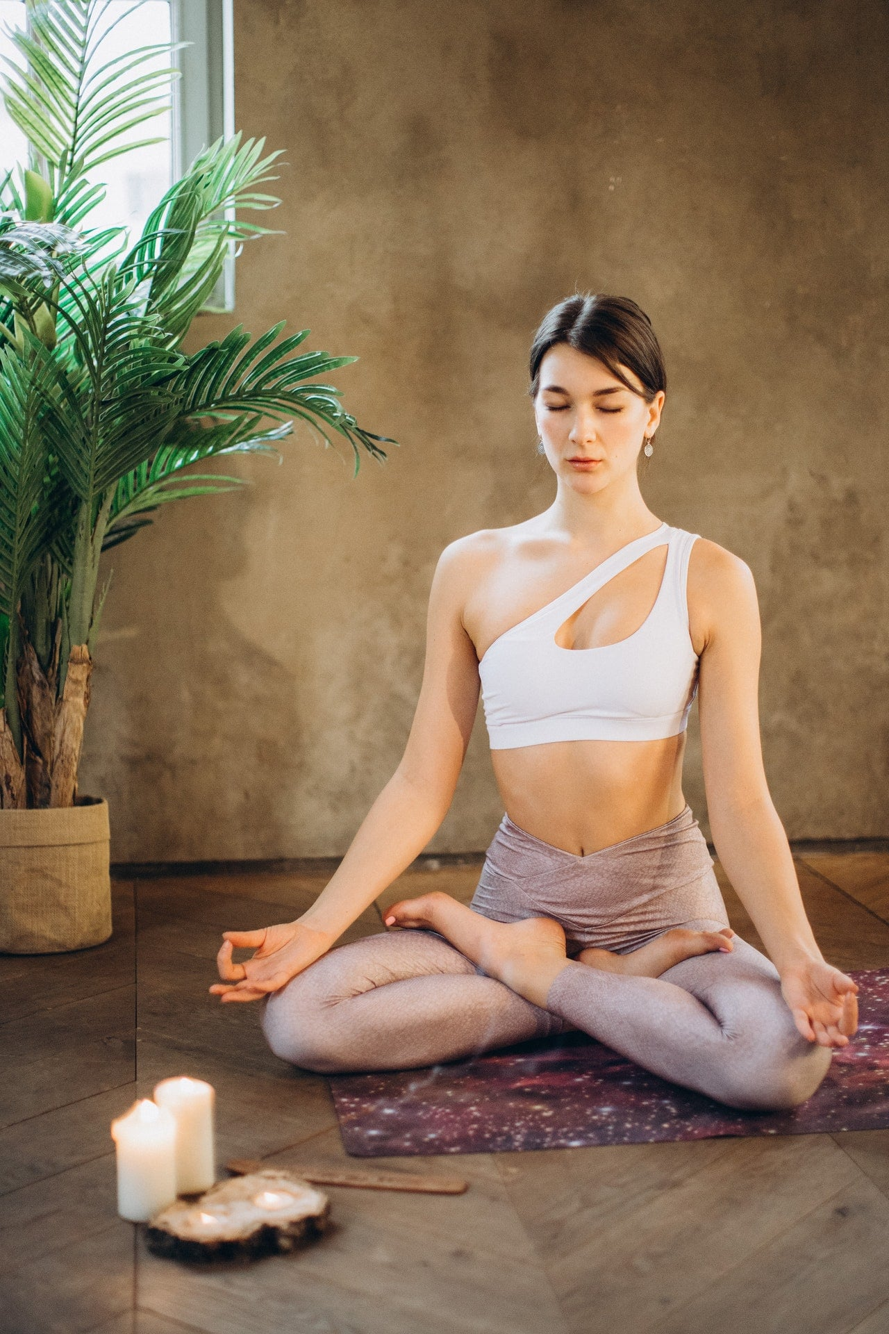 how to keep fit and healthy-meditate