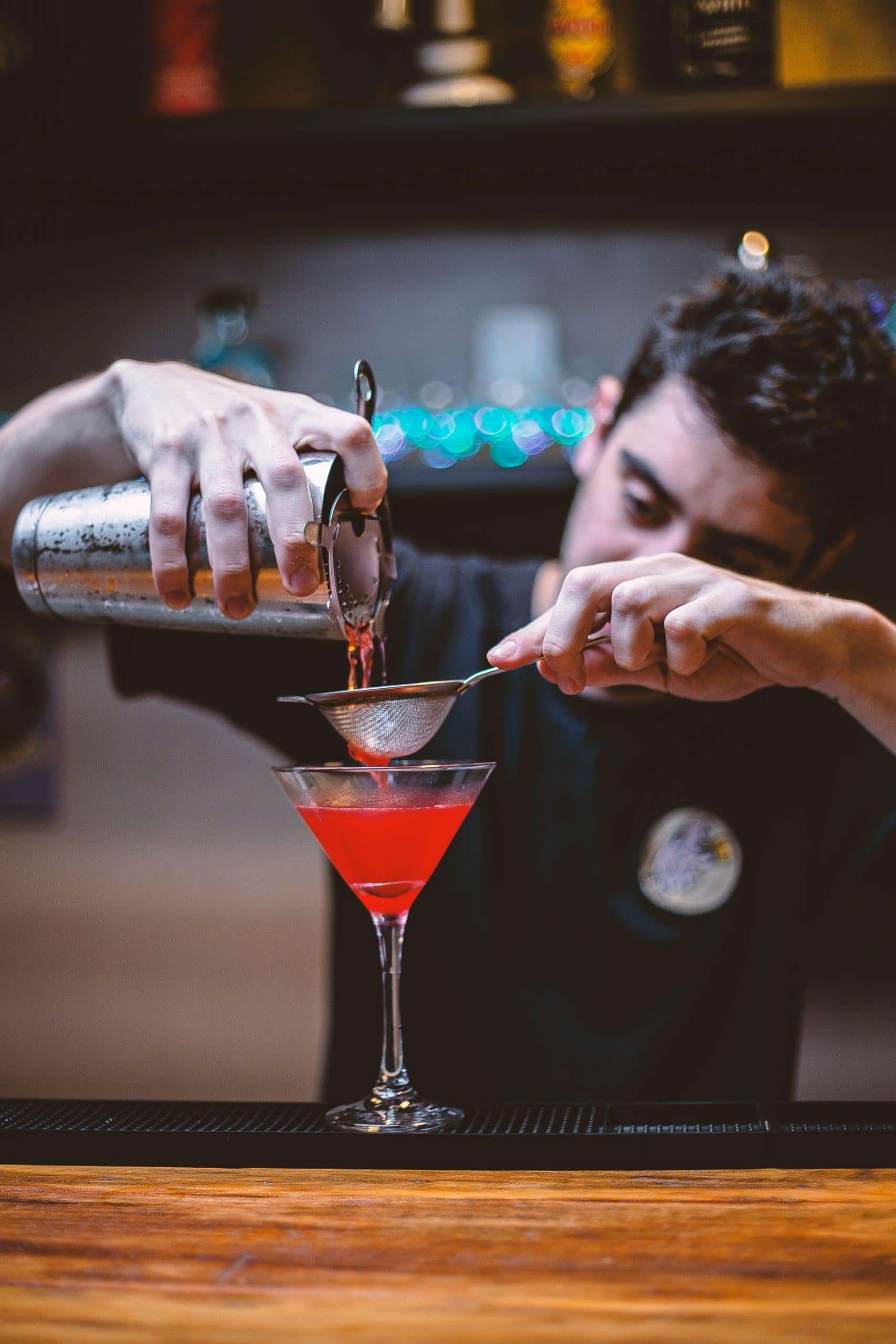 easy cocktail recipes-how to prepare cosmopolitan
