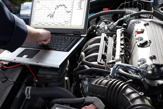 Should I Get My Car Serviced at an Auto Shop-AlignThoughts