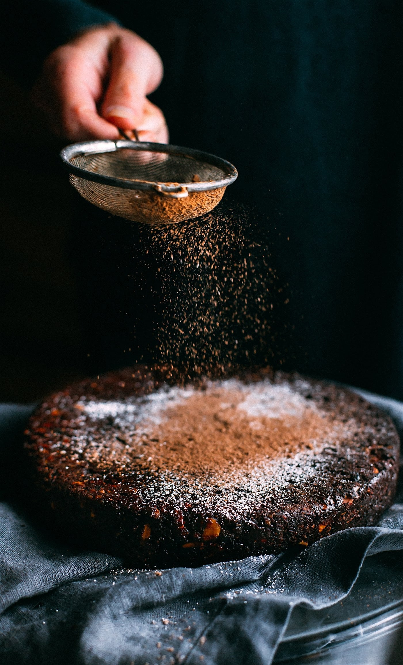 CakeRecipes-Sinfully Delicious Chocolate Cake-AlignThoughts