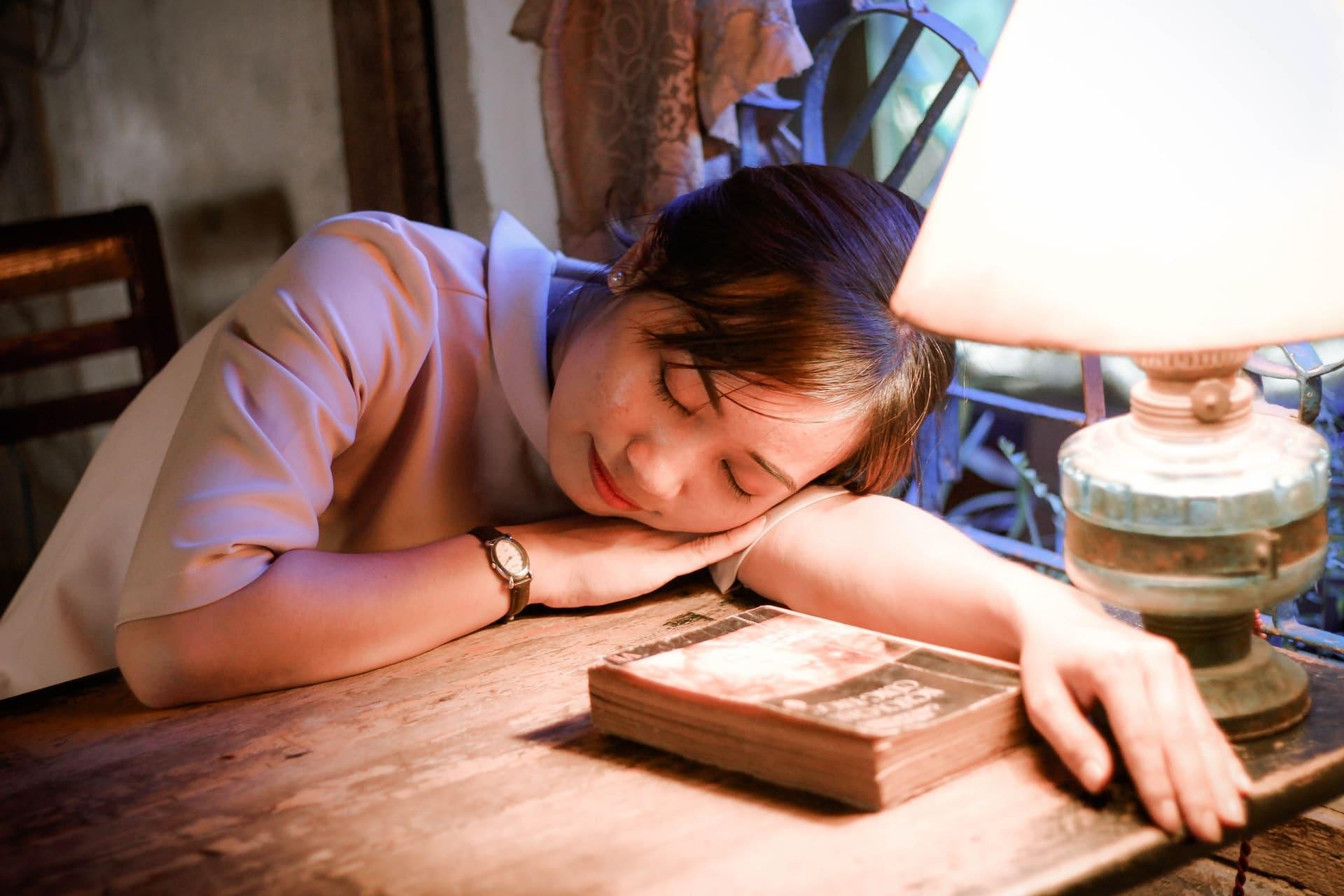 poor-sleeping-habits-alignthoughts