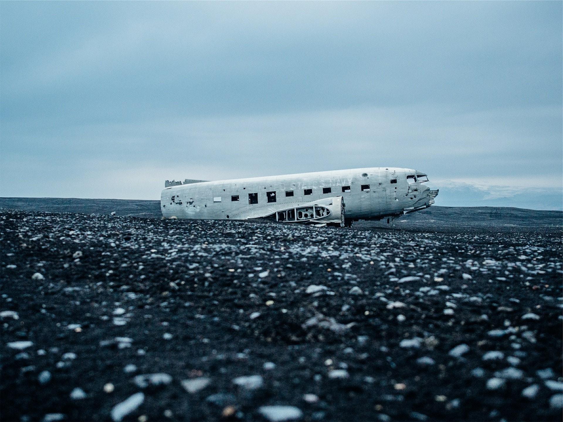 flight-wreck-iceland