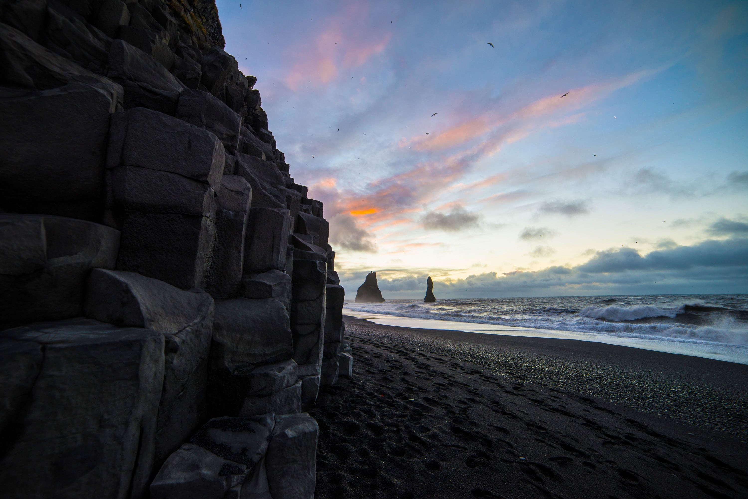 black sand beach-alignthoughts