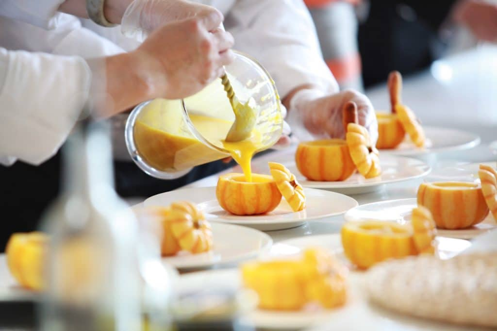 list of table manners Michelin Star restaurant-alignthoughts