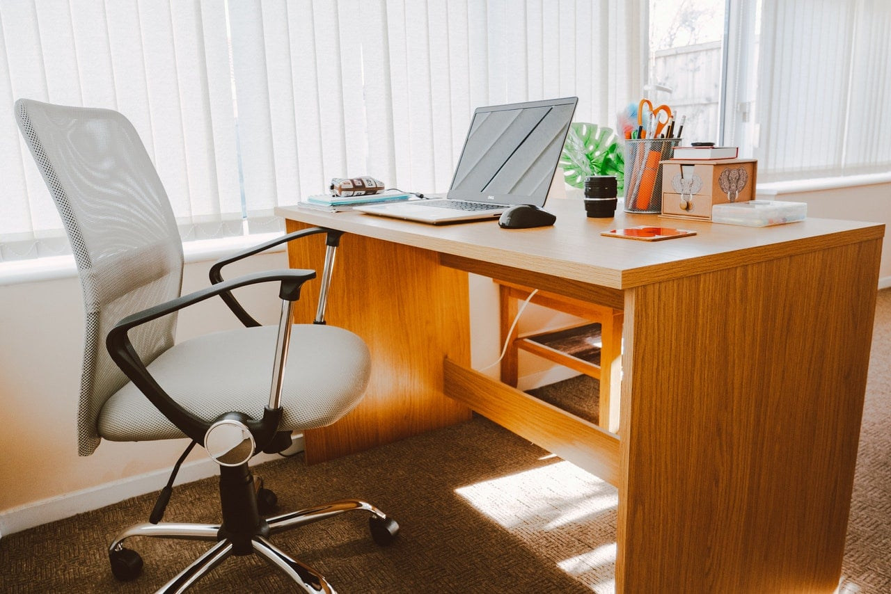 Tips to set up your home office-remote work-alignthoughts