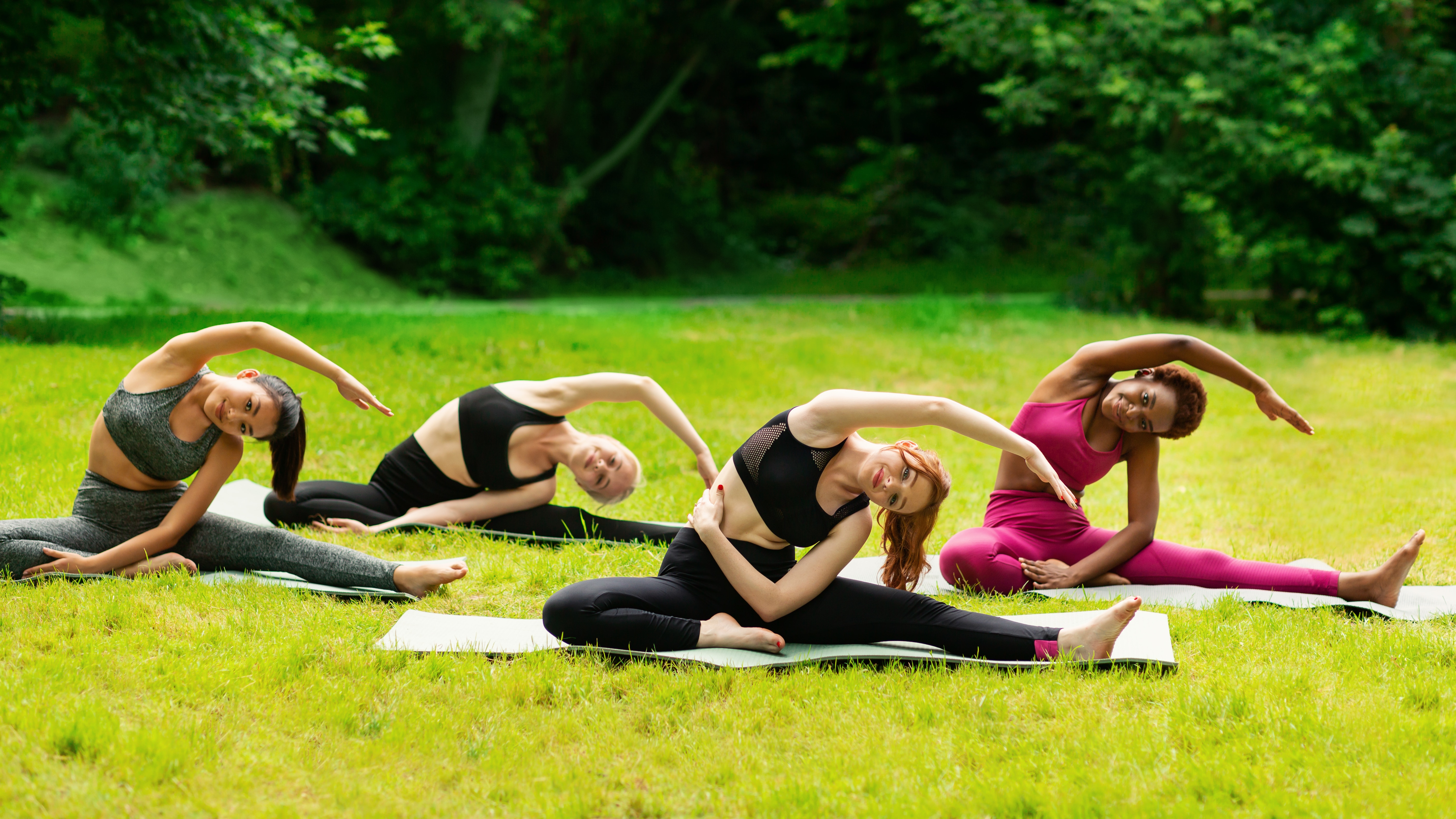 social benefits of yoga-alignthoughts
